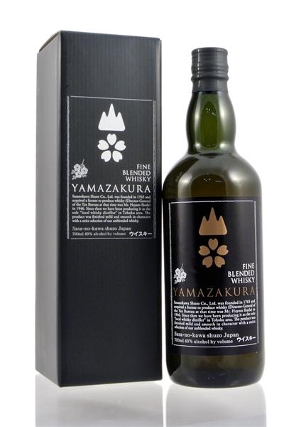 Yamazakura Fine Blended Whisky Black Label